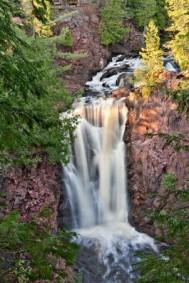 brownstone-falls-copper-falls-state-park